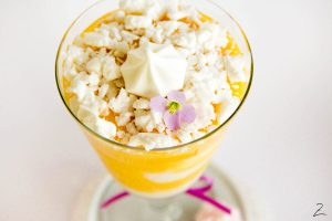 Erfrischendes Mango-Joghurt Dessert
