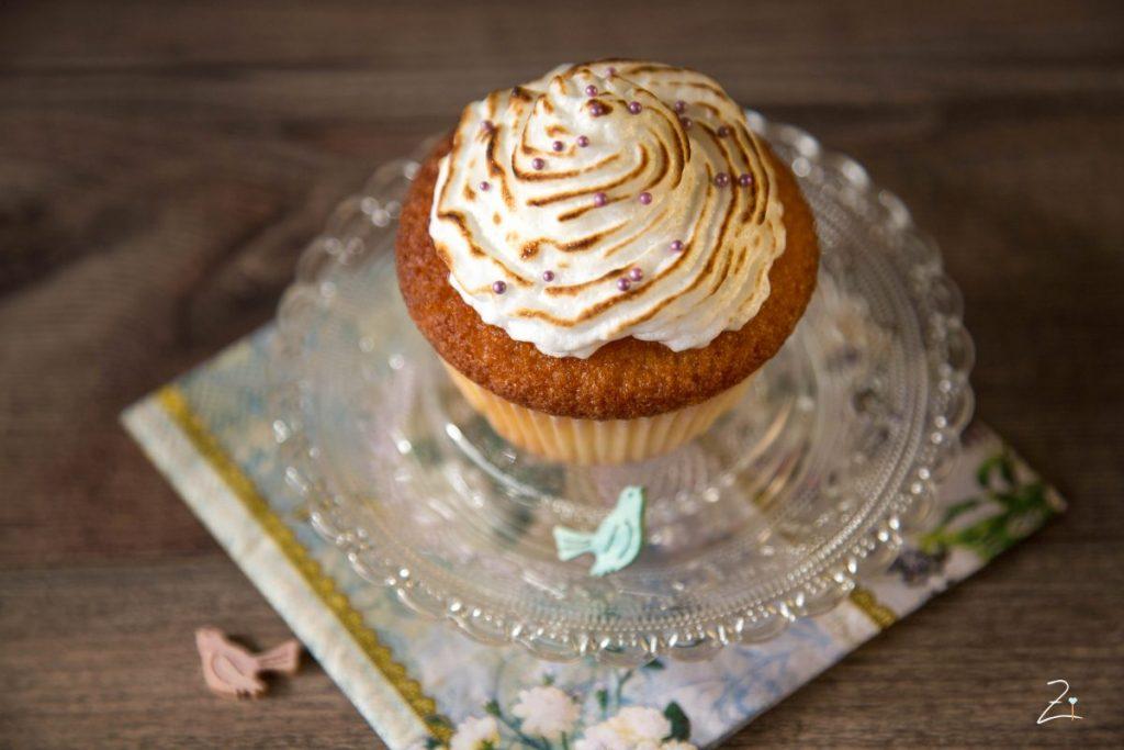 Zitronen Cupcakes mit Baiser Haube