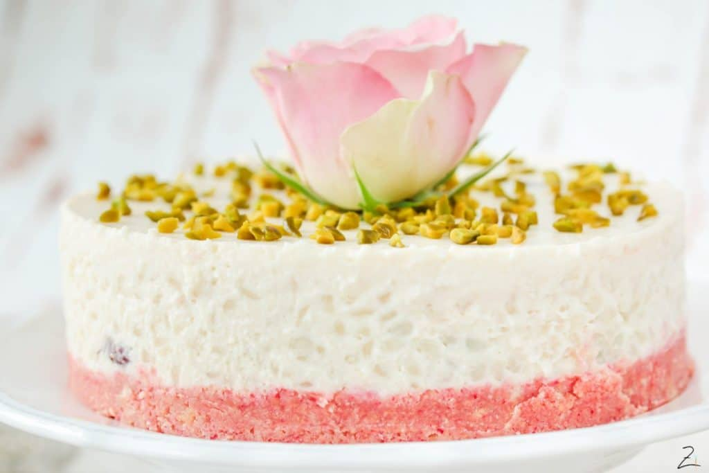 No Bake Cake: Milchreis Törtchen mit Rosenwasser