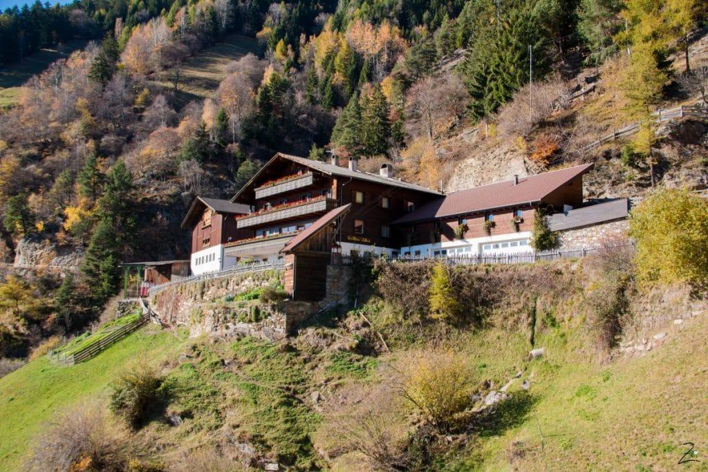 Außenansicht Gasthaus Talbauer in Südtirol