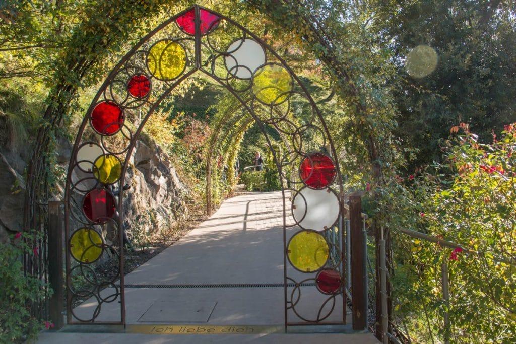 Garten für Verliebte, Schloss Trautmannsdorf, Südtirol