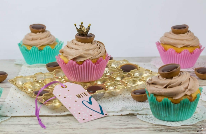 rezept f r toffifee cupcakes mit himmlischem nutella topping. Black Bedroom Furniture Sets. Home Design Ideas