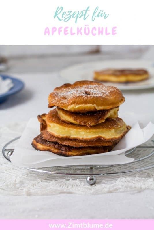 Sucht ihr ein schnelles und einfaches Dessert, das wenig Aufwand macht? Diese Apfelküchle werden alle lieben! Bei mir wecken sie Kindheitserinnerungen, denn ich esse sie seit ich klein bin. Das Rezept ist super einfach und die Küchle lassen sie ganz schnell selber machen. Einfach das Rezept auf Zimtblume.de ausdrucken und loslegen! Verlinke mich aufInstagram und Facebook mit dem Hashtag #wiezimtblume, wenn du die #Apfelküchle nachgemacht hast und hinterlasse mir gerne ein Kommentar auf dem Blog