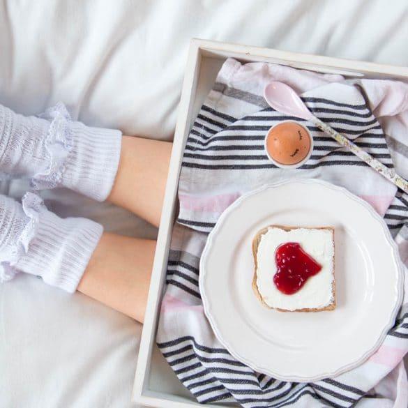 Toastbrot mit Marmeladen Herz