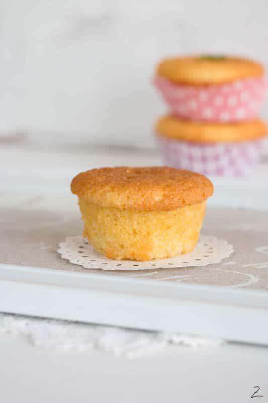 Kleiner Kuchen ohne Muffins Papier