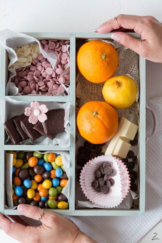 Muffins Grundrezept: Verschiedene Zutaten im Kästchen