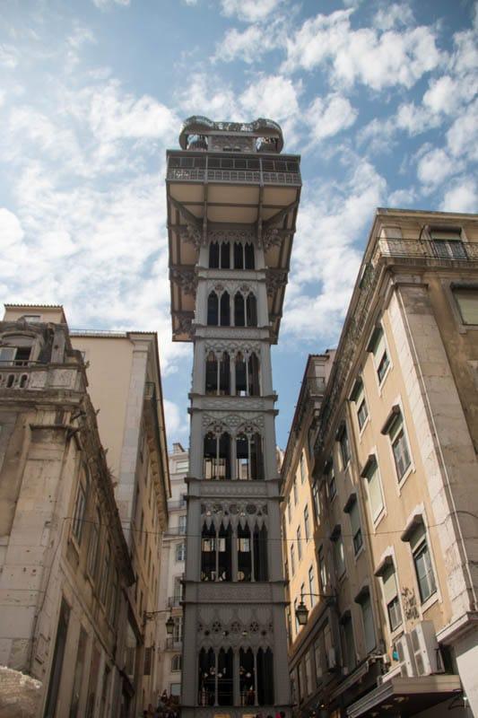 Lissabon Sehenswürdigkeiten: Elevador de Santa Justa