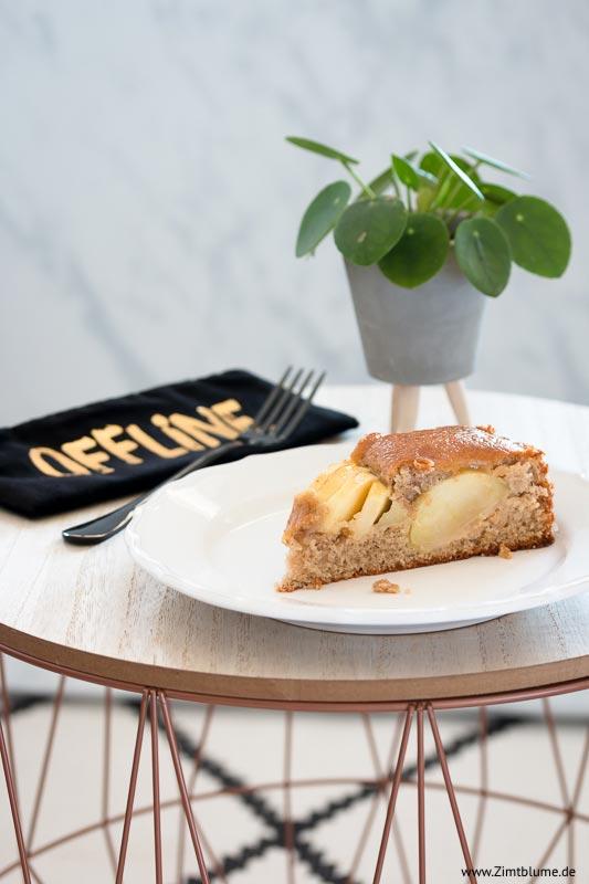 Kuchenstück Versunkener Apfelkuchen