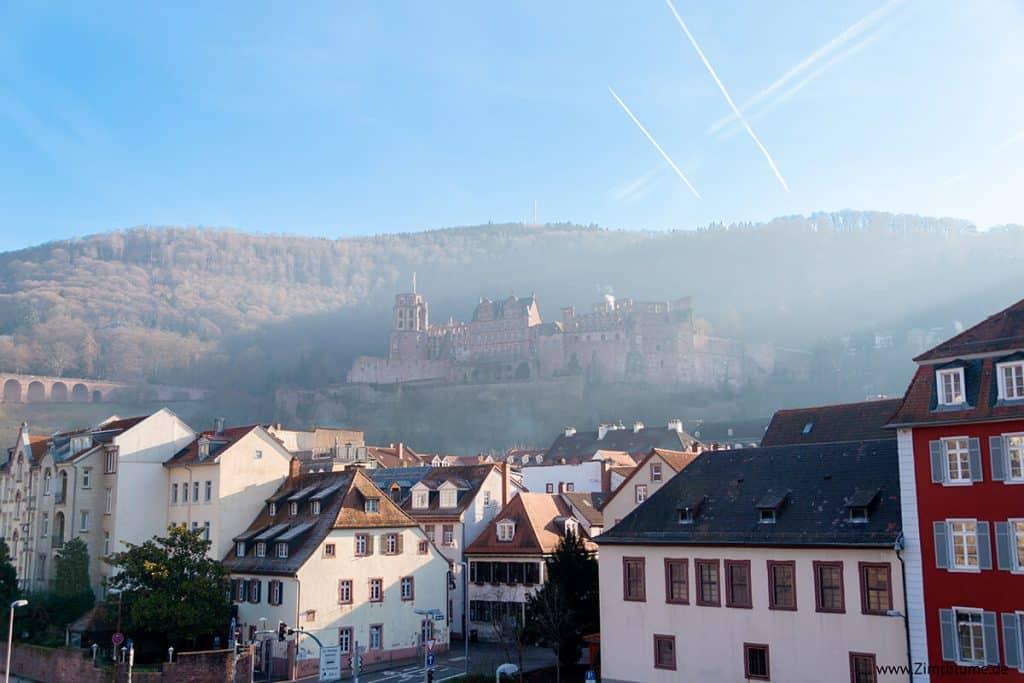 Schloss Heidelberg im Nebel