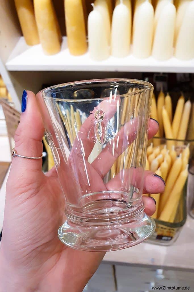 Trinkglas mit Biene