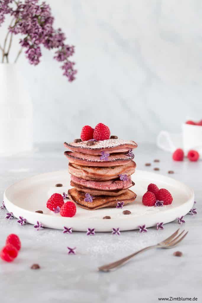 Rezept für selbst gemachte rosa Pancakes