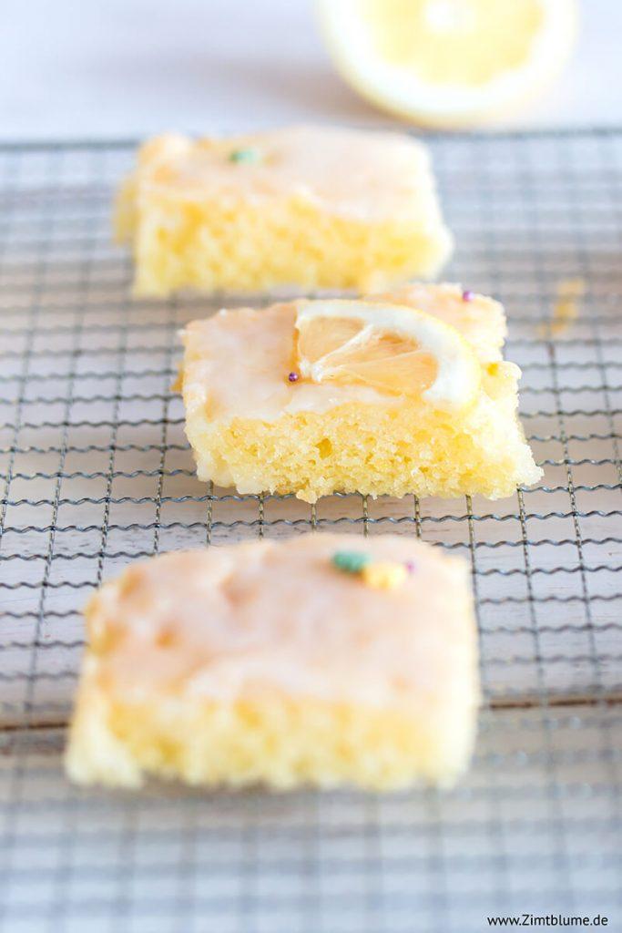 Einfacher Zitronenkuchen mit Zuckerguss