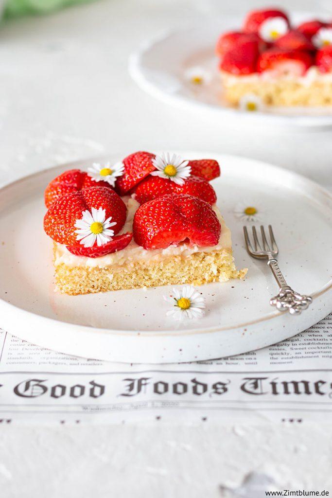 Einfacher Erdbeerkuchen mit Pudding