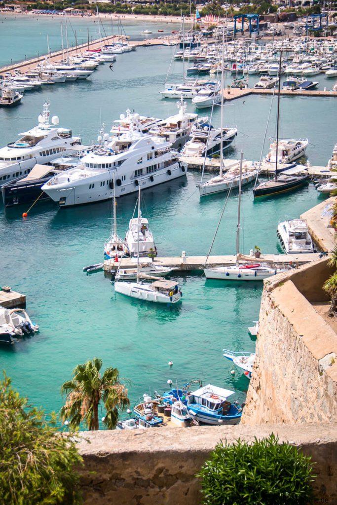 Calvi Hafen Korsika