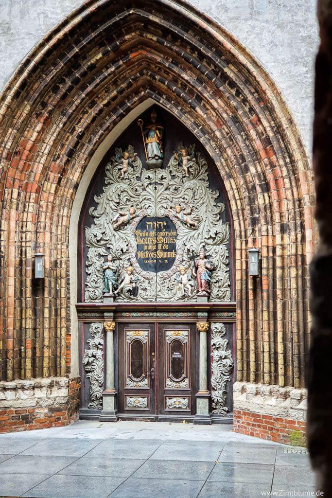 Die Tür der Nikolaikirche Stralsund